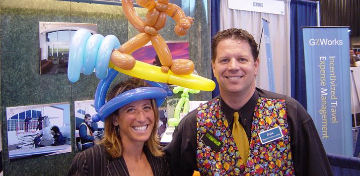 balloon twister, master balloonist, trade show entertainer balloons