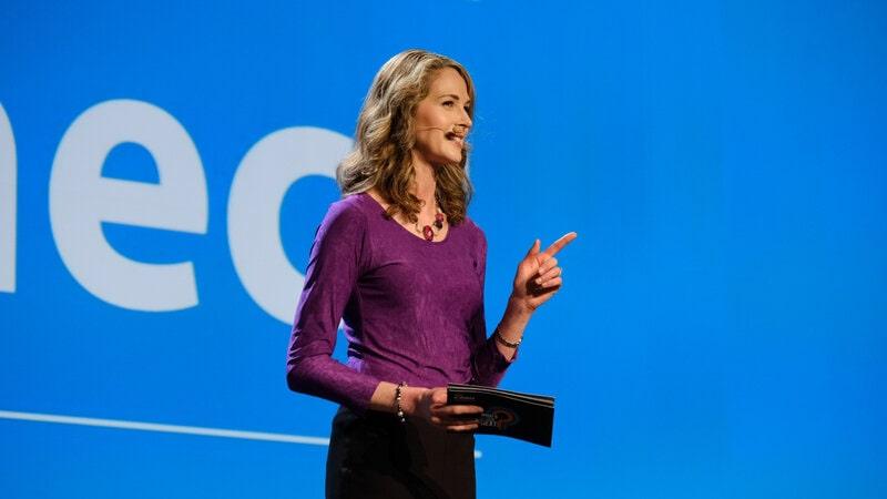 Amy McWhirter - Virtual Host Emcee - Funny Business Agency