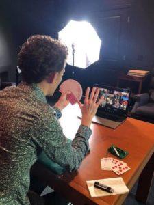 Alexander Boyce - online Magic Show- Funny Business Agency